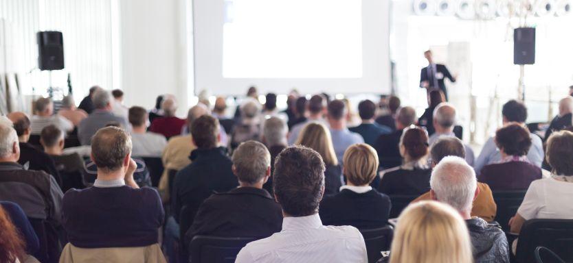14 Surefire Ways to Hold SMARTer Meetings